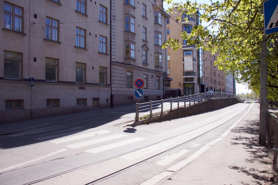 Eksytysluiska Kalevankadun loppupäässä.