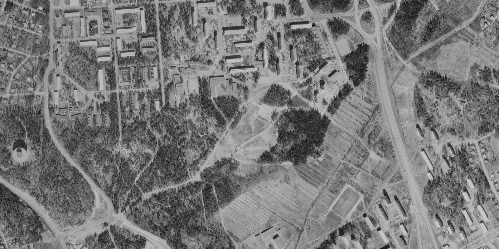 Toukokuu 1976