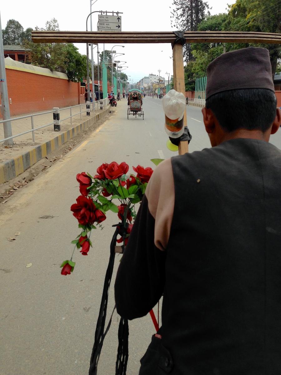 Riksan kyydissä Kathmandussa