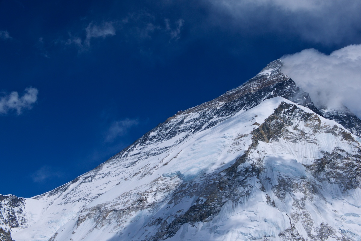 Everestin pohjoisrinne Pumorilta
